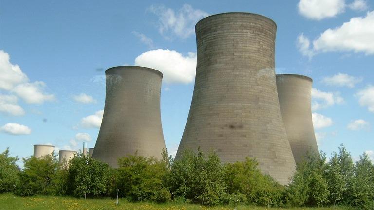 برج خنک کننده بتنی جریان مخالف